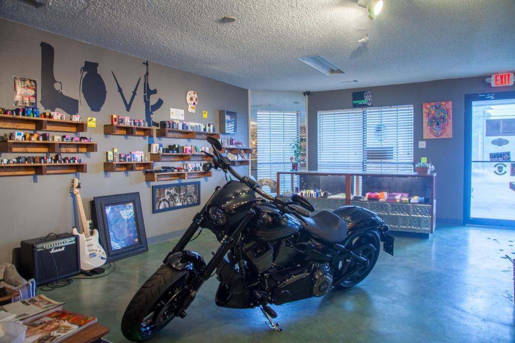 Drippers Vape Shop interior